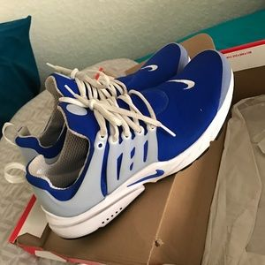 Shoes - Blue and white nike presto